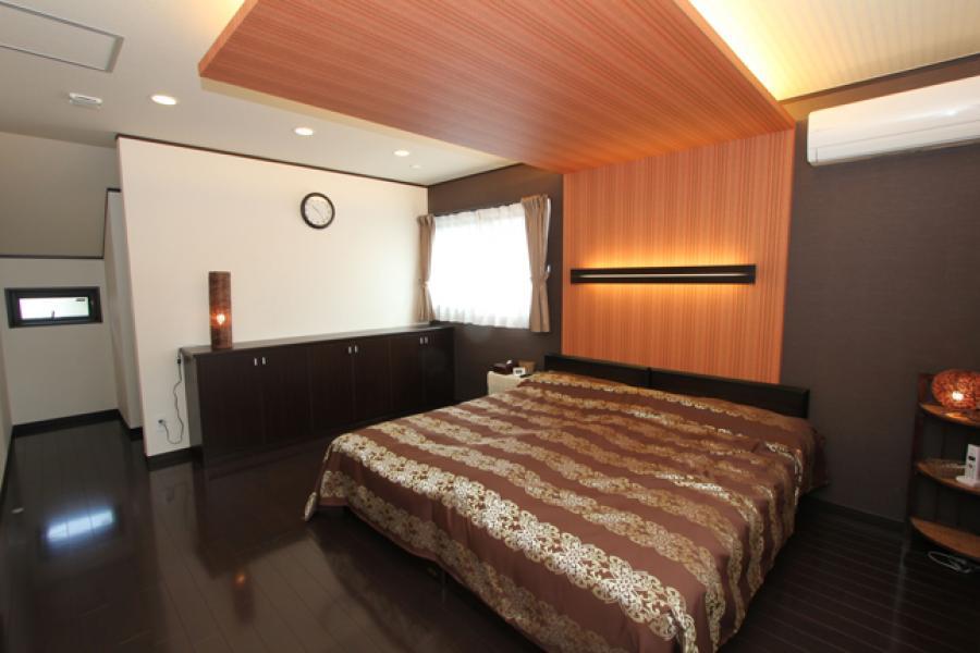 照明がおしゃれな寝室