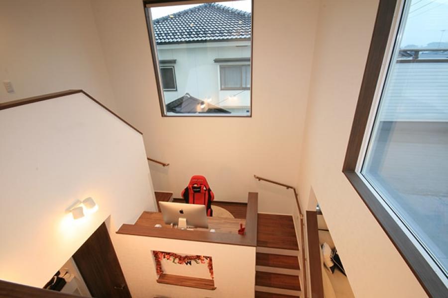 中二階の書斎スペース