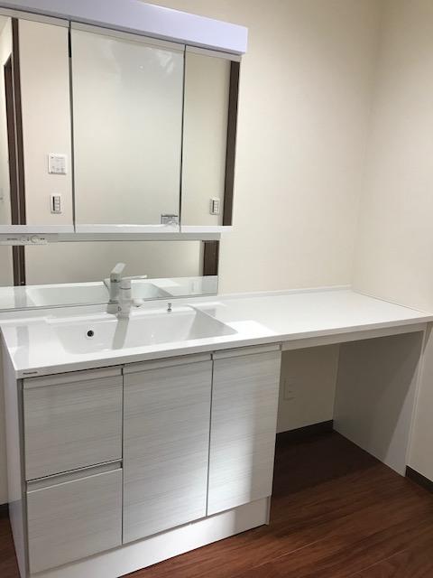 新築住宅の洗面所