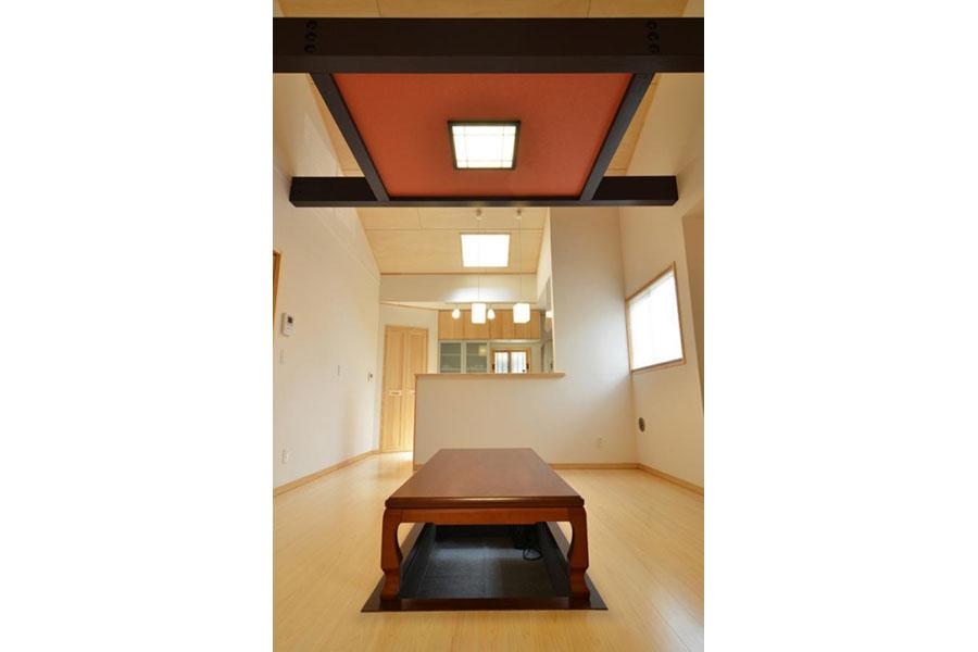 斬新なデザインが新しい、おしゃれで癒しの和室空間
